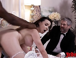 Prexy mistress Dana DeArmond rides blarney dimension hubby watches